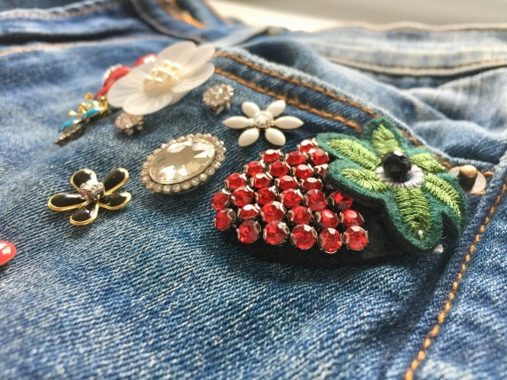 Embellished Jeans_detail - Copy