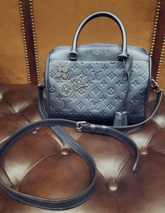 Louis Vuitton Speedy Bandouliere 25 - full view with shoulder strap