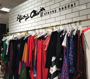 Alice and Olivia Spring 2018 collection, bold colors and floral patterns